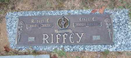 RIFFEY, ROBERT E - Knox County, Tennessee | ROBERT E RIFFEY - Tennessee Gravestone Photos