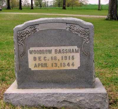BASSHAM, WOODROW - Lawrence County, Tennessee | WOODROW BASSHAM - Tennessee Gravestone Photos