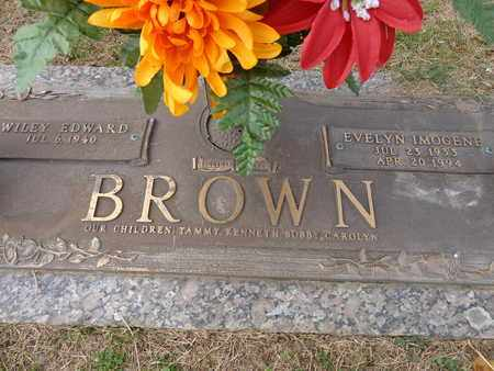 BROWN, EVELYN IMOGENE - Lewis County, Tennessee | EVELYN IMOGENE BROWN - Tennessee Gravestone Photos