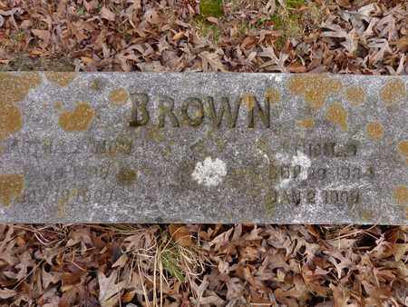 BROWN, THOMAS - Lewis County, Tennessee | THOMAS BROWN - Tennessee Gravestone Photos