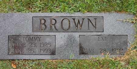 BROWN, EXIE - Lewis County, Tennessee | EXIE BROWN - Tennessee Gravestone Photos