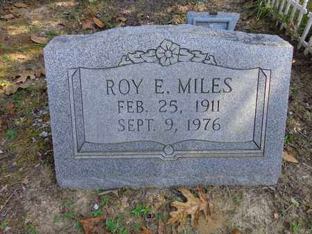 MILES, ROY E. - Lewis County, Tennessee   ROY E. MILES - Tennessee Gravestone Photos