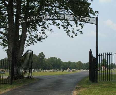 *BLANCHE CEMETERY ENTRANCE,  - Lincoln County, Tennessee |  *BLANCHE CEMETERY ENTRANCE - Tennessee Gravestone Photos