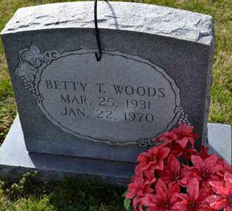 WOODS, BETTY T - Sullivan County, Tennessee | BETTY T WOODS - Tennessee Gravestone Photos