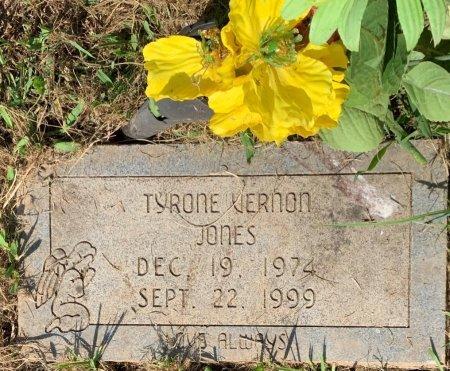 JONES, TYRONE VERNON - Bowie County, Texas | TYRONE VERNON JONES - Texas Gravestone Photos