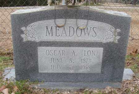 """MEADOWS, OSCAR A """"LON"""" - Bowie County, Texas   OSCAR A """"LON"""" MEADOWS - Texas Gravestone Photos"""