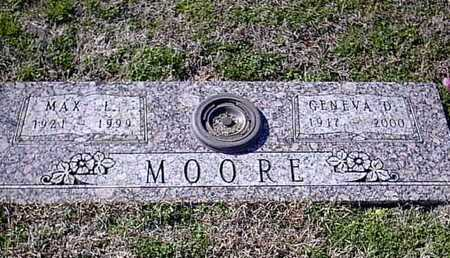 MOORE, MAX L - Bowie County, Texas | MAX L MOORE - Texas Gravestone Photos