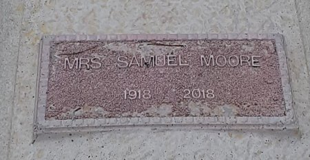MOORE, SAMUEL, MRS (CLOSEUP) - Bowie County, Texas | SAMUEL, MRS (CLOSEUP) MOORE - Texas Gravestone Photos