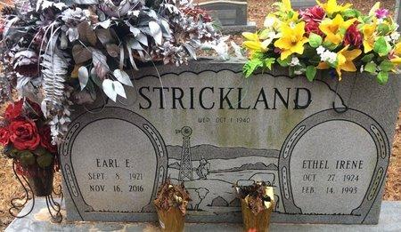 STRICKLAND, EARL E. - Bowie County, Texas | EARL E. STRICKLAND - Texas Gravestone Photos