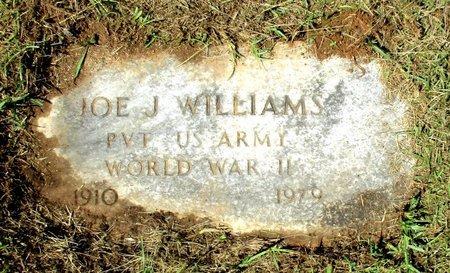 WILLIAMS, JR (VETERAN WWII), JOE J. - Cass County, Texas   JOE J. WILLIAMS, JR (VETERAN WWII) - Texas Gravestone Photos