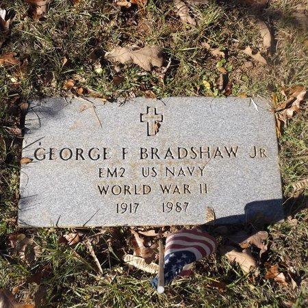 BRADSHAW JR (VETERAN WWII), GEORGE F - Gregg County, Texas | GEORGE F BRADSHAW JR (VETERAN WWII) - Texas Gravestone Photos