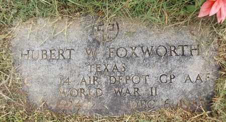 FOXWORTH (VETERAN WWII), HUBERT W - Gregg County, Texas | HUBERT W FOXWORTH (VETERAN WWII) - Texas Gravestone Photos