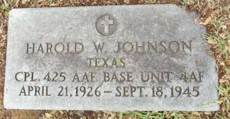 JOHNSON (VETERAN WWII), HAROLD W - Gregg County, Texas | HAROLD W JOHNSON (VETERAN WWII) - Texas Gravestone Photos