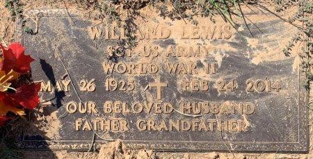 LEWIS (VETERAN WW II), WILLARD - Titus County, Texas | WILLARD LEWIS (VETERAN WW II) - Texas Gravestone Photos