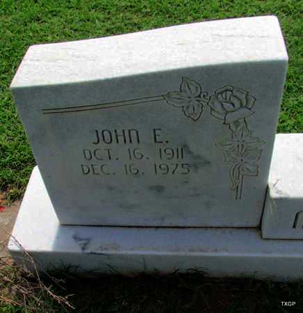 MCLEAN, JOHN E (CLOSE UP) - Wilbarger County, Texas | JOHN E (CLOSE UP) MCLEAN - Texas Gravestone Photos