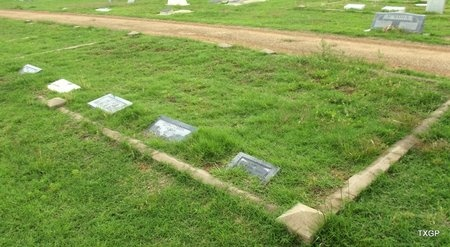 *OVERVIEW SECTION 10,  - Wilbarger County, Texas |  *OVERVIEW SECTION 10 - Texas Gravestone Photos