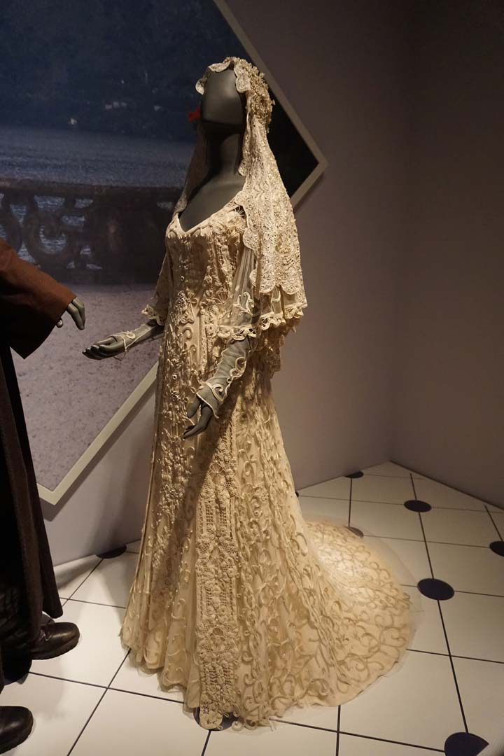 Star Wars wedding Padmé's dress