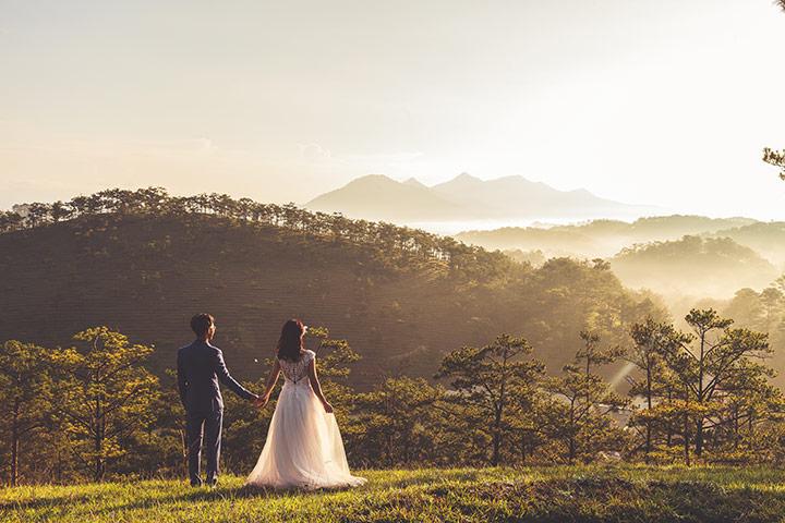 Iconic wedding dresses in the film runaway bride