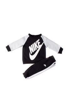 Nike | 19 | 66F563023