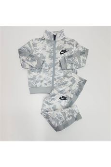 TUTA Nike | 19 | 66G793G6U