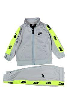 TUTA Nike | 19 | 66G796G6U