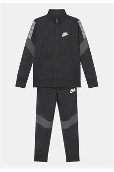 TUTA Nike | 19 | 66I122023