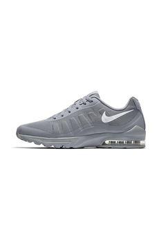 Nike | 12 | 749573005