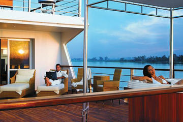 10-Night Luxury Spa Nile Cruise from Cairo