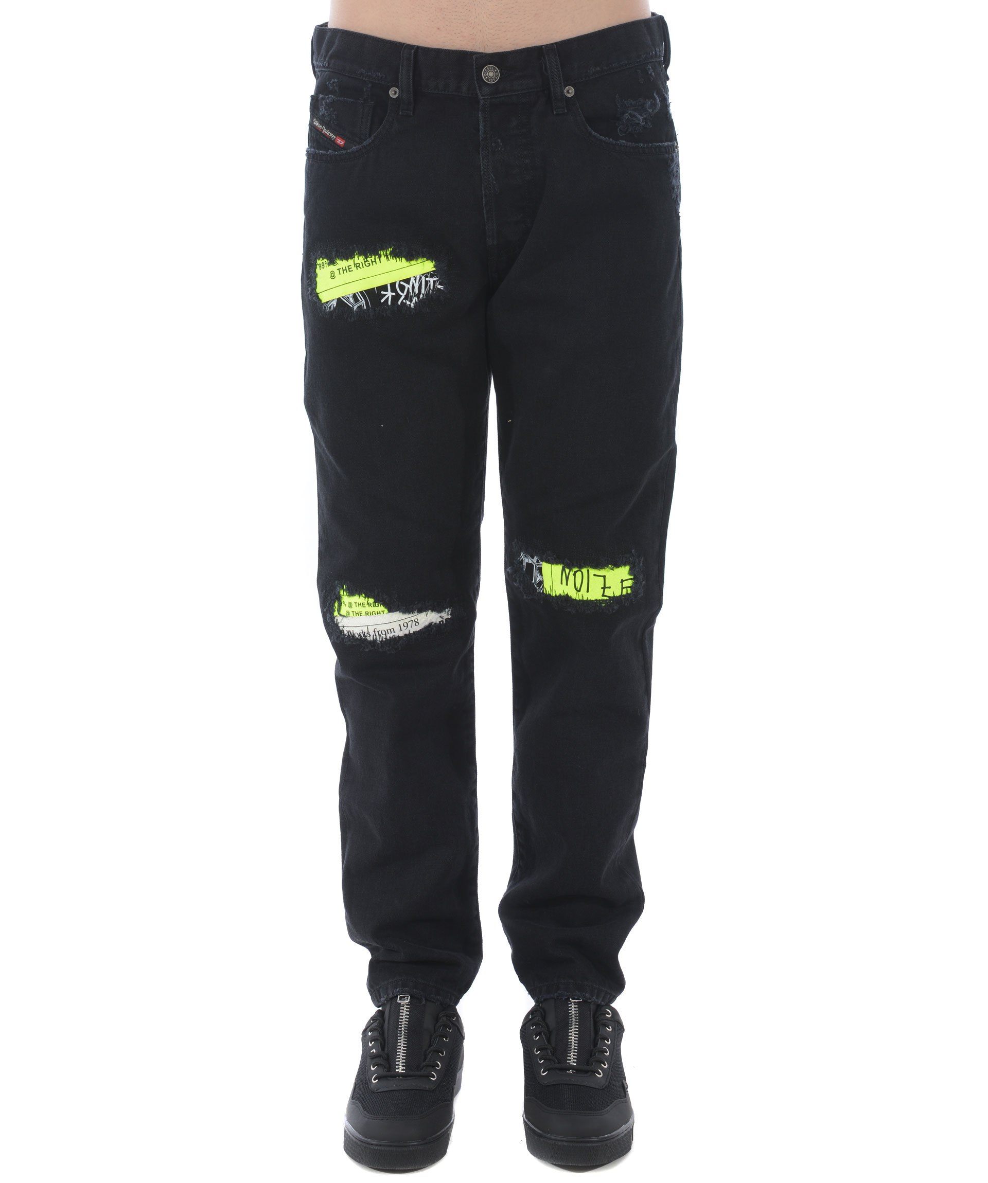 official photos ee848 c8bff Jeans Diesel x Fedez