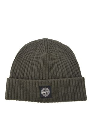 Stone Island hat in ribbed wool. STONE ISLAND | 26 | N10B5V0059