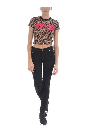 Versace Jeans Couture leo print T-shirt in stretch cotton VERSACE JEANS | 8 | B2HZA710S0820-K15