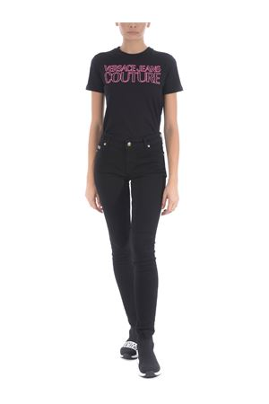 T-shirt Versace Jeans Couture in cotone VERSACE JEANS | 8 | B2HZA7KF30327-899