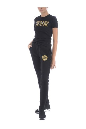 T-shirt Versace Jeans Couture in cotone VERSACE JEANS | 8 | B2HZA7TA30319-K42
