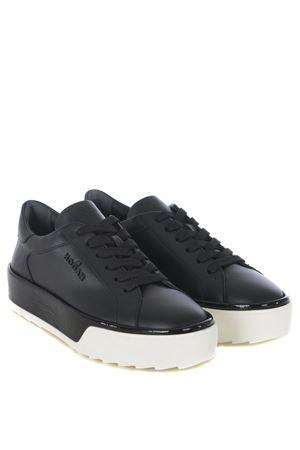 Sneakers donna Hogan R320 HOGAN | 5032245 | HXW3200AG80JCWB999