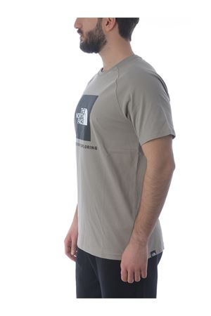 T-shirt The North Face Raglan Redbox in cotone THE NORTH FACE | 8 | NF0A3BQOVQ81