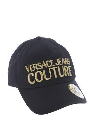 Cappello baseball Versace Jeans Couture in gabardina di cotone VERSACE JEANS | 26 | E8YWAK1085075-M27