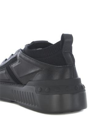 Sneakers Tod
