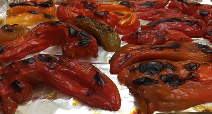 If possible, use homegrown, homemade roasted red peppers to take your muhammara game to the next level of deliciousness.