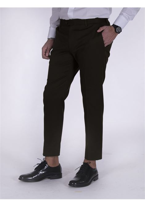 Be Able Alexander green shorter trousers BE ABLE | Trousers | MMSD1