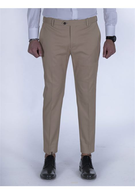 Be Able Alexander beige shorter trousers BE ABLE | Trousers | MMSD3