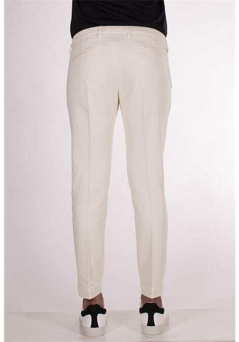 Entre amis butter white trousers ENTRE AMIS | Trousers | A218188/19871031
