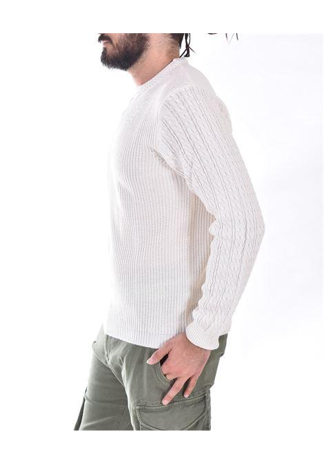 Officina 36 white crewneck sweater OFFICINA 36 | CUFR30301