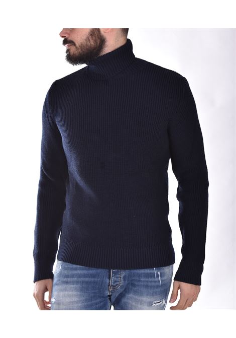Outfit Italy blue turtleneck OUTFIT ITALY | 1M015174