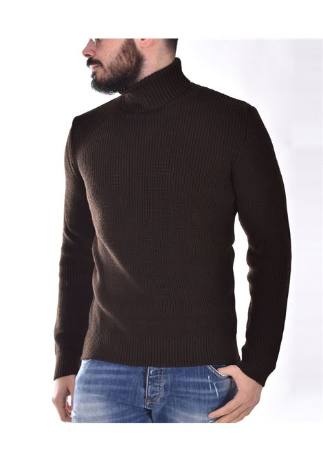 Outfit Italy brown turtleneck OUTFIT ITALY | 1M015434