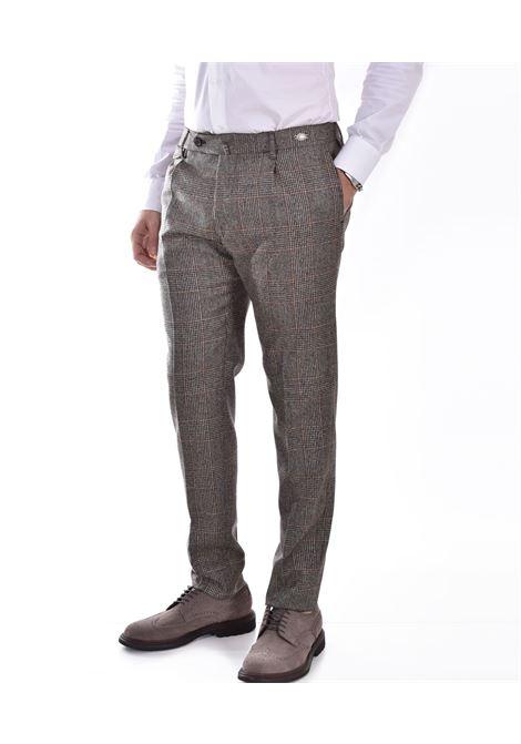 Trousers tagliatore prince wales tag11 beige TAGLIATORE | 120044A3289