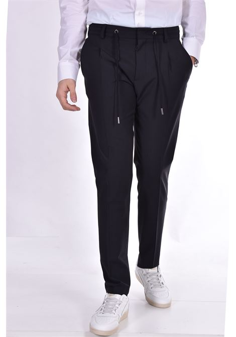 Pantalone Hosio pinces nero HOSIO | Pantaloni | 21403P2001