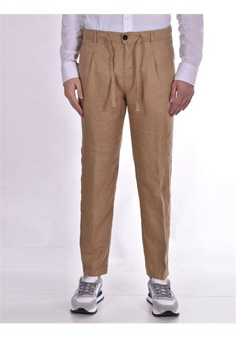 Pantalone Officina 36 lino cammello nevio OFFICINA 36 | Pantaloni | 026620826603
