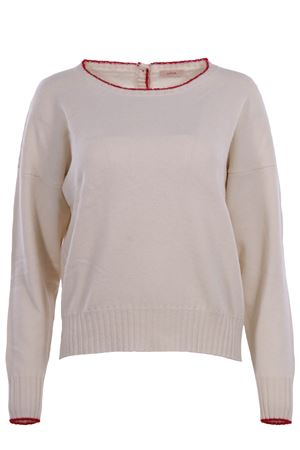 Crew neck with buttons
