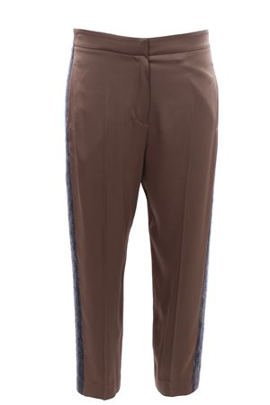 Pants with side band in contrasting color