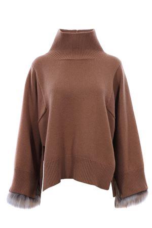 Cappa in maglia con polsi in volpe FABIANA FILIPPI | 5032315 | MAD129W712A295VR3